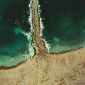 Vista satelital del momento en el que cruzaban el Mar Rojo
